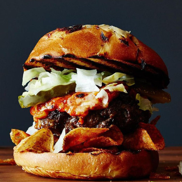 This burger, created by @Aargersi, was built with football in mind. It combines all of the best tailgating flavors: burgers, barbecue and chips. Yes, you will spend the rest of the afternoon wiping barbecue sauce off of your cheeks and yes, you will get chips everywhere, but consider that the price of the perfect burger. 📸: @jamesransom_nyc