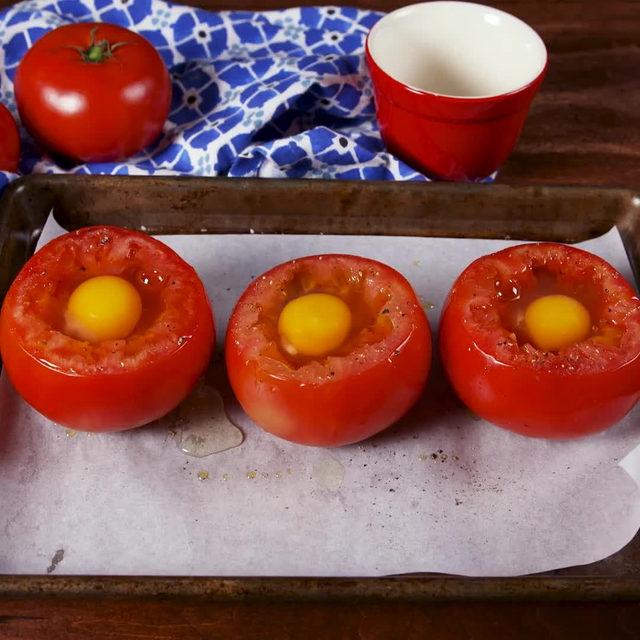 Breaking up with bread has never been easier  #Delish #DamnThatsDelish #breakfast #tomatoes