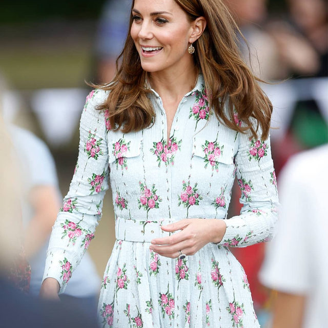 HRH The #DuchessofCambridge has made no secret of her love for London-based, New Zealand-born designer @EmiliaWickstead. For her royal duties this week at Wisley, Surrey, the Duchess stepped out in another mid-length cotton belted dress by the designer for the occasion, bringing a touch of summer into September. Click the link in bio to see the Duchess's full look.