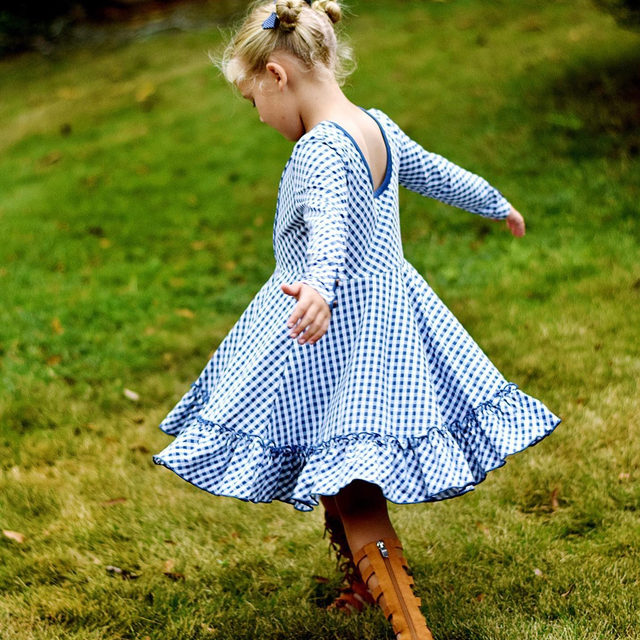 Raise your hand if you have a twirl kinda girl 🙋 Comment below your little girls size AND tag a friend for a chance to W I N it! {a winner will be chosen Friday 9/13 at noon}. @myfourgrls