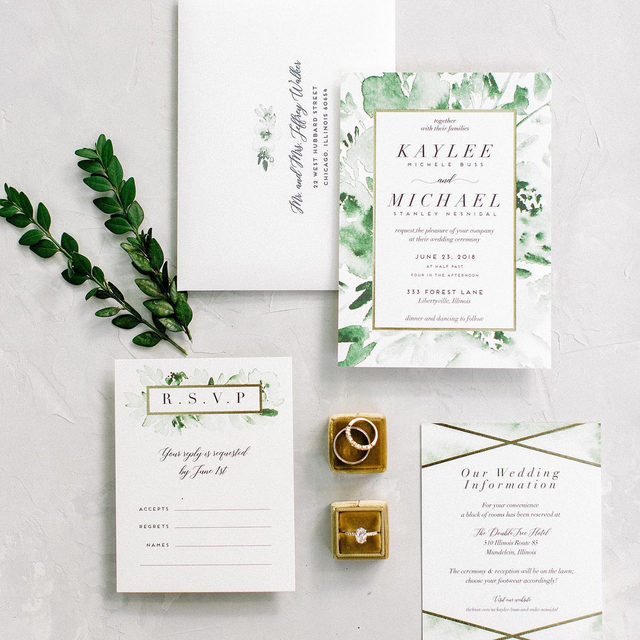 "Kaylee + Mike's family estate nuptials was a whole family affair to pull everything off. Swipe to see their darling day. 🌱 ""Inky Delight"" wedding invitation design by @petrakern. #MintedWeddings — Photos @jennamarie_photo 
