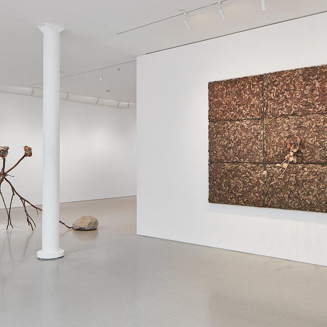 """#PenoneSF: Join Gagosian, San Francisco, for a tour of Giuseppe Penone's exhibition """"Foglie di bronzo / Leaves of Bronze"""" tomorrow at 3pm!  Penone uses objects from the natural world to document the intertwined relationship between humans and nature. Gagosian's Graham Dalik will provide an overview of the artist's career, from his early works as a major figure of the Arte Povera movement in the 1960s to the present day, and offer an in-depth look at a selection of the sculptures on view in the show. To attend the free event, RSVP to sftours@gagosian.com. __________ #GiuseppePenone #Gagosian Installation view, """"Giuseppe Penone: Foglie di bronzo / Leaves of Bronze,"""" Gagosian, San Francisco, September 12–November 9, 2019. Artwork © 2019 Giuseppe Penone/Artists Rights Society (ARS), New York/ADAGP, Paris. Photo: Johnna Arnold"""
