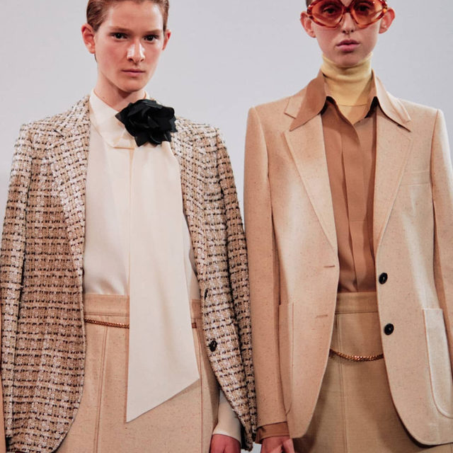 Smart tailoring has made a welcome return to fashion's agenda, and for the new season it comes with a refreshing lack of formality. The wear-anywhere blazer makes a happy partner to ankle-skimming slip dresses and crisp, freshly ironed trousers, while big, generous lapels and strong shoulders have renewed style currency. Take your cues from @VictoriaBeckham and @Celine and click the link in bio to shop #BritishVogue's edit of the best blazers to smarten up your style this autumn.