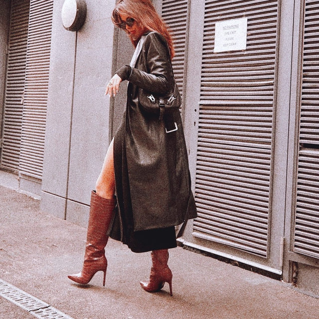 kill them with kindness 💕@sophiaxsmith in the Carlisle Trench Coat - link in bio to shop! #itsnbd