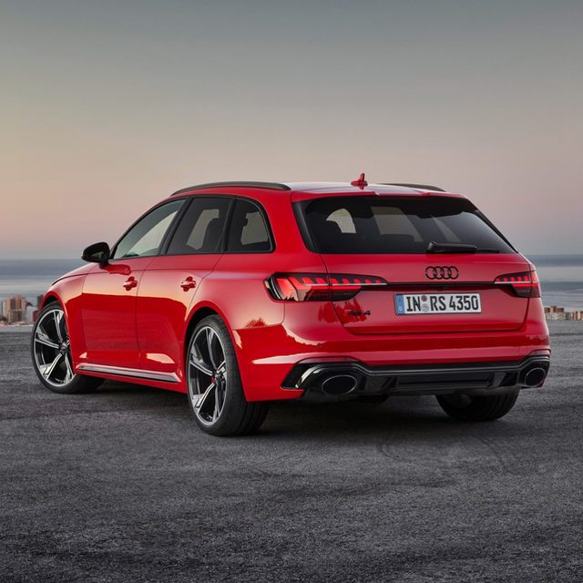 The 2020 Audi RS 4 Avant is here! It gets a new face and 443 horsepower thanks to a 2.9-liter twin-turbo V-6, but unlike its bigger sibling, the RS 6, it's not bound for American shores. The 0-62 sprint happens in just 4.1 seconds, and top speed is 174 mph. Do you think Audi should bring it to America?