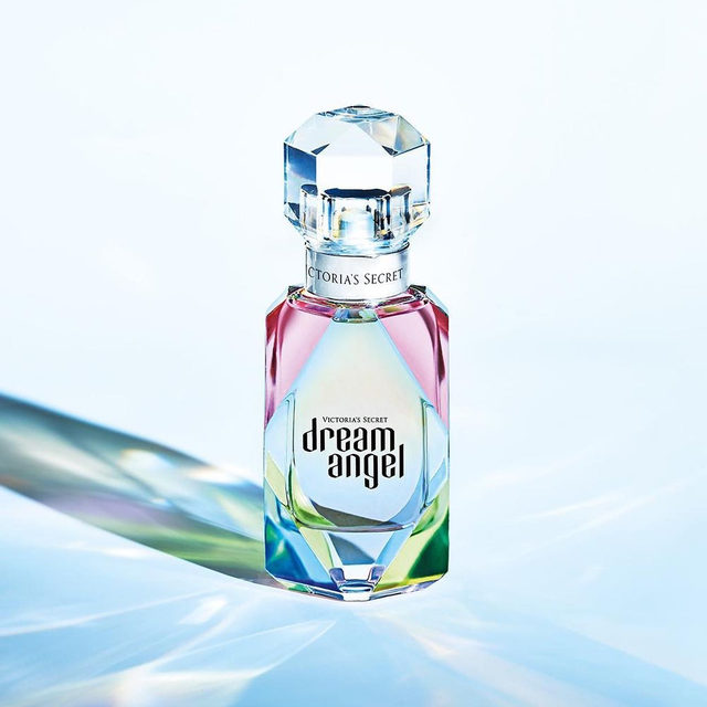 Introducing Dream Angel Eau de Parfum, the radiant and hopeful new fragrance. Get inspired @vsbeauty.