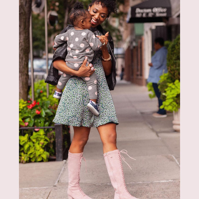 """""""these boots have hidden zippers, so you don't have to re-tie the laces every time."""" ☝️one of our stylists on our lake lace-up boots. """"that's key when you're trying to keep up with a 10-month-old."""" 😍 #katespade #loveinspades"""