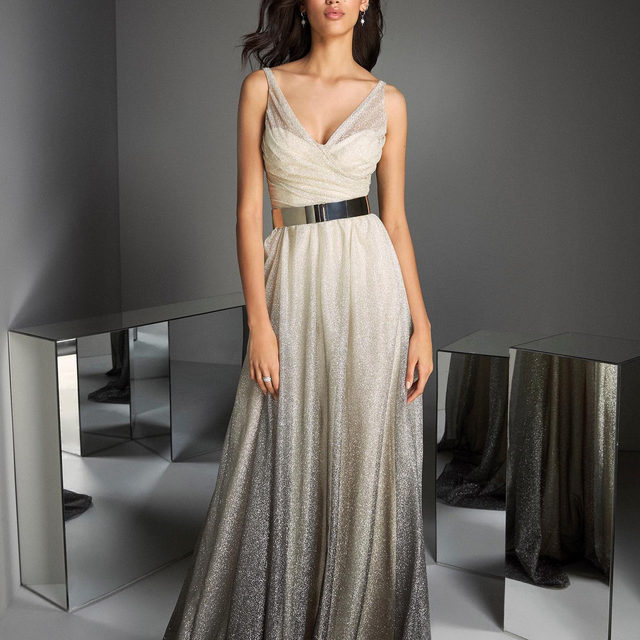 Silver crush | Sheath gown in all-over glitter featuring an inverse ombré effect. Shop the TM Style 69 at your nearest store. #PartyEdit2020