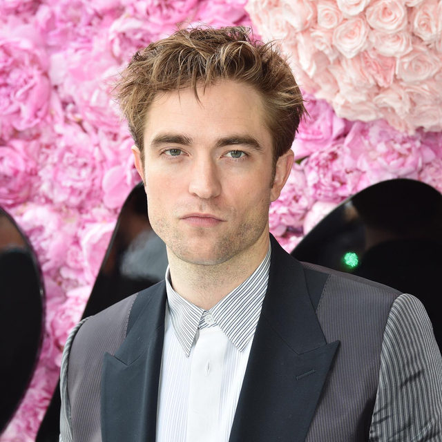 You guys!!! Yesterday you broke our record for the most clicked story of all time on our IG. 🙈 We learned 2 things: y'all are clearly #TeamEdward and y'all clearly want more rated R(ob) content. If you missed it - you can read the #NSFW story at the link in our bio. 🙊 (📷: Getty Images)