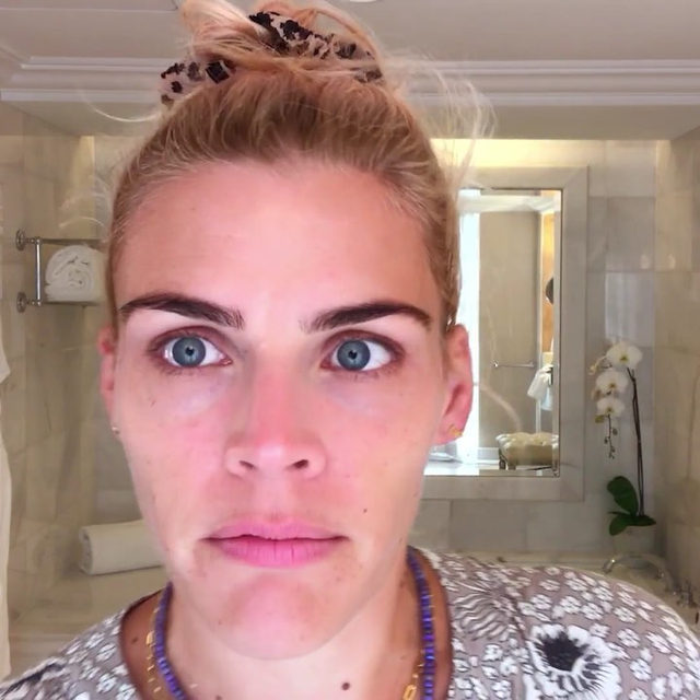 Before @BusyPhilipps turns in for the night after a big event, she's taking us through her nighttime routine, which includes practical advice (drink water!), easy tricks (refrigerate your facial roller before use), and plenty of skin care recommendations (she swears by @Olay and their #Retinol24). Tap the link above for all of her #beautysecrets.