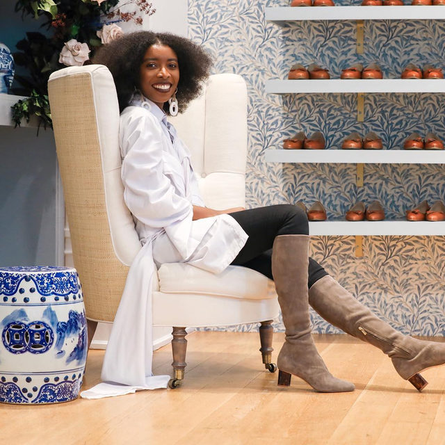 @amirarasool is the Founder & CEO of @shopthefolklore, an online concept store that focuses on exclusive luxury African designer pieces. Amira also almost exclusively ate Chinese food in college and knows most of the lyrics to the songs on Lauryn Hill's album, The Mis-Education of Lauryn Hill. Learn more about her on our Stories now! #InHerShoes