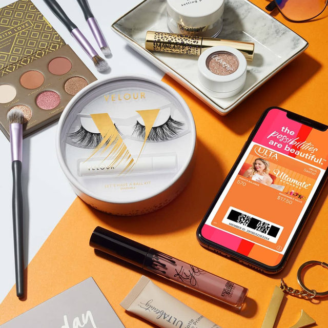 Get the 'Ultamate' look with our NEW @ultabeauty Let's Have A Ball Kit. 😍  This Ulta exclusive has everything you'll need for perfect lashes, including the bestselling Flawless lashes from our Luxe Faux Mink collection and a mini White Latex-Free Lash Adhesive.  Get the look now at @ultabeauty!  #VelourXUlta #LetsHaveABall #VelourLashes #VelourBeauty #liveinlashes #holidaykits