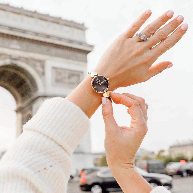 do not disturb: on paris time today 🥖 #katespade #loveinspades 📷: @lonestarsouthern
