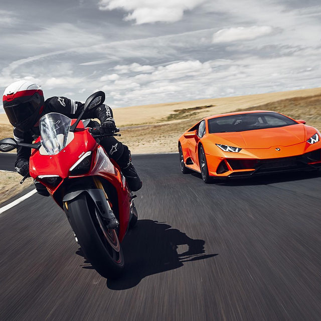 """Some Italian manufacturers just don't know what the word """"comfort"""" means. But does it matter when you're behind the wheel of a Huracán Evo or on top of a 200-MPH Ducati? We took the two pure-blooded machines on a 1200-mile road trip through western America, discovering a whole lot in the process. Which one would you rather take down a winding road? 📸: @drewruizphoto"""