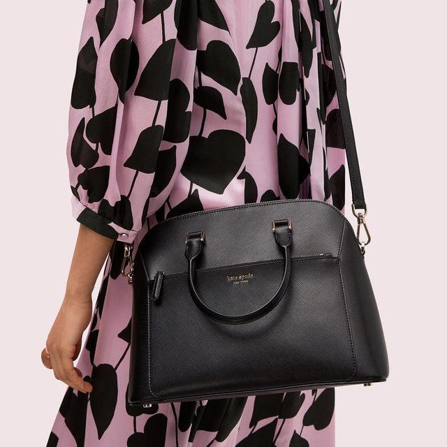 hump day bag 🐪👝 #katespade #loveinspades