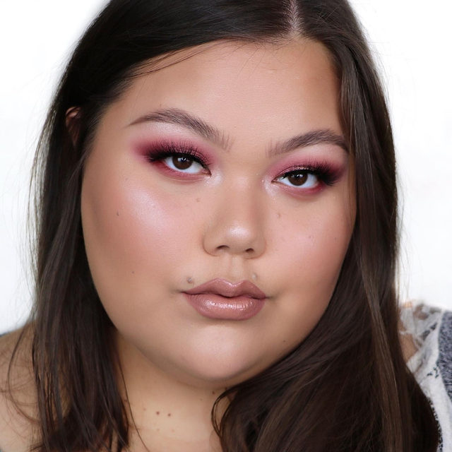 🤗 It's FRI-YAY 🎉  What are your plans for this weekend Lash Fam? ❤️ Let us know down below! 👇  @jleebeauty is giving us weekend ready vibes in the lash Feelin' Myself from our Fluff'n Glam collection.  Our Fluff'n Glam collection is available exclusively at @sephora in-store and online! Get them while the Sephora Rouge sale is going on 😘❤️  Tap to shop the look!   #VelourLashes #VelourBeauty #LiveInLashes #VelourxSephora #FluffnGlam