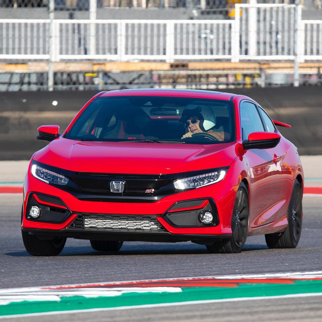 Small improvements to the 2020 Civic Si make a great car better. Minor tweaks for the latest model year serve to highlight what we always loved about Honda's sporty coupe and sedan, according to our latest on-track review. Would you have one over something like a Jetta GLI?