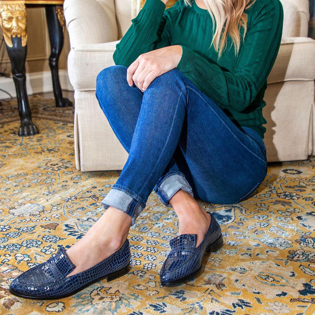 An all-new Sarah Flint x Gravati style to covet. Meet our Alysia in navy snake embossed leather 😍 #walklikeawoman