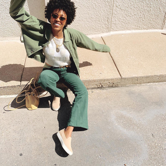Earth tones never looked this good. @aaricanichole #rothysinthewild