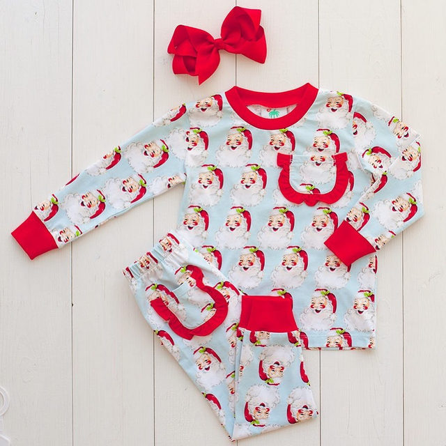 Ho ho ho! Our girls Vintage Santa Loungewear is left in sizes 2t, 3t, 4t , 5 & 10 🎅🎅🎅 Shop the link in our profile.