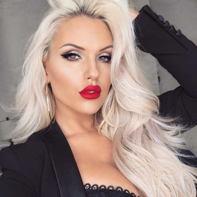 Keeping it classy 💃  @_sassafrass is looking gorgeous in this glam look, using our See Through lashes paired with a classic red lip 😍  Have you gotten a chance to shop our Black Friday deal yet? Get 30% off sitewide with the code BLACKLIST at checkout! 🖤  Hurry because this offer ends at 11:59 PM EST tonight!  #VelourLashes #LiveInLashes #VelourBeauty #BlackFriday