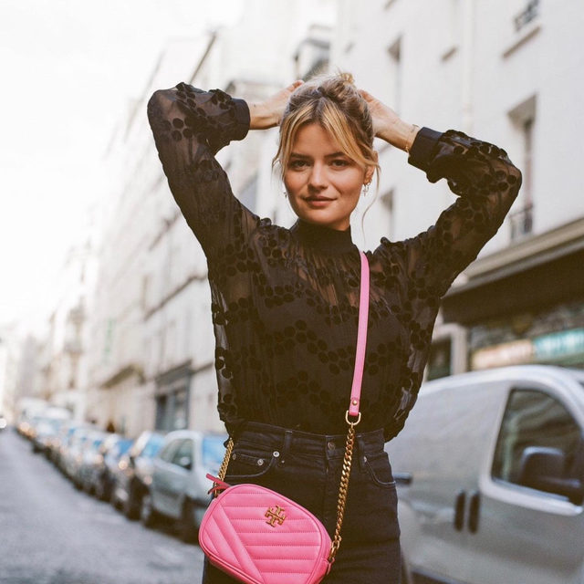 @sabinasocol wearing our Velvet Devoré Dot Embroidered Top and Kira Camera Bag #ToryStories#ToryBurch