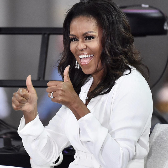 @MichelleObama has officially written one of the best-selling books of 2019 (because of course she did!) 📚 Link in bio for the full list of winners according to Amazon.