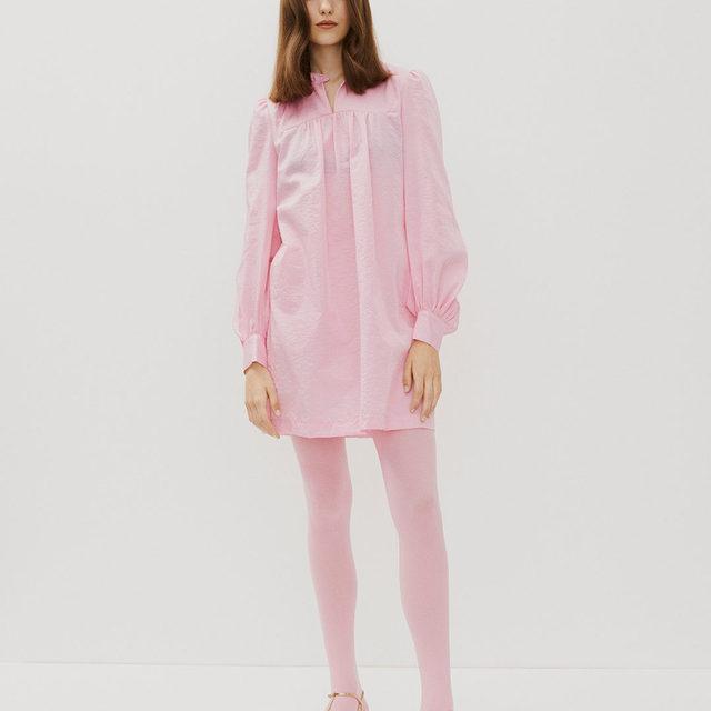 Think pink 🌸 Abernathy mini dress . Romance & Rituals #PS20 #BaumundPferdgarten