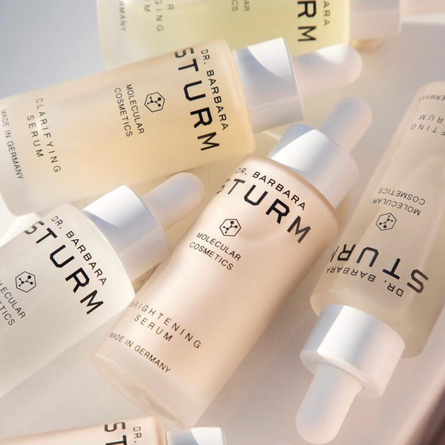 a serum for every concern 😍 @drbarbarasturm's collection has something for everyone, but we know it's hard to choose, so we're breaking them down so you can find the right one for your routine - ✨ clarifying serum: helps prevent + treat breakouts, calm redness + irritation! it also is based with hyaluronic, so it is deeply hydrating ✨ brightening serum: this serum gives the complexion a more even glow instantly, while reducing visible signs of pigmentation ✨ lifting serum: these active ingredients help plump, hydrate + brighten PLUS help support the production of collagen ✨ glow drops: gives an instant boost in radiance, minimizes the appearance of pores + can be combined with the face cream ✨ hyaluronic serum: packed with a highly concentrated balance of low + high-weighted hyaluronic molecules, it provides both instant hydration + long-lasting ✨ anti-pollution drops: this serum protects your complexion from pollution + blue light damage from the screens - LINK IN BIO TO SHOP