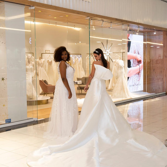 Discovering Pronovias Houston. Are you ready to meet your dream dress? #PronoviasExperience  Link in bio to find your nearest Pronovias and make your appointment!