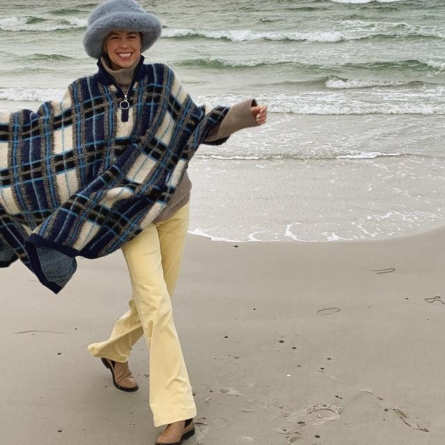 @hannastefansson in our organic cotton Nia trousers 🌊 #BaumFamily .  #BaumundPferdgarten