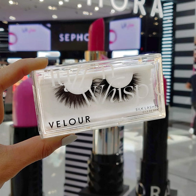 Have you ever been to Dubai Mall? 😍 It's one of the largest malls in the world and you can find Velour Beauty in @sephoramiddleeast there! 🥰  We have a wide range of lashes now available at @sephoramiddleeast both online and in-stores. ❤️ If you see us in-stores make sure to tag us for a chance to be featured!  Tap to get your lash fix on now 😘  #sephora #velour #lashes #sephoramiddleeast #liveinlashes #velourlashes #velourbeauty #سيفورا