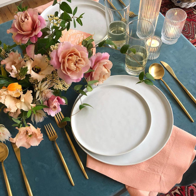Loving this color story from @anthousai with our #velvetlinen in Jade and #tuscanylinen napkins in Crush 🌸🦕🍣🌿Rentals and photo by @telluria.co #latavolalinen #transformyourtable #colorstory #weddingcolors #livecolorfully #blueandpink #velvet #bluevelvet #velvettablecloth #tulsa #oklahoma #oklahomawedding #weddinginspo #soloverly