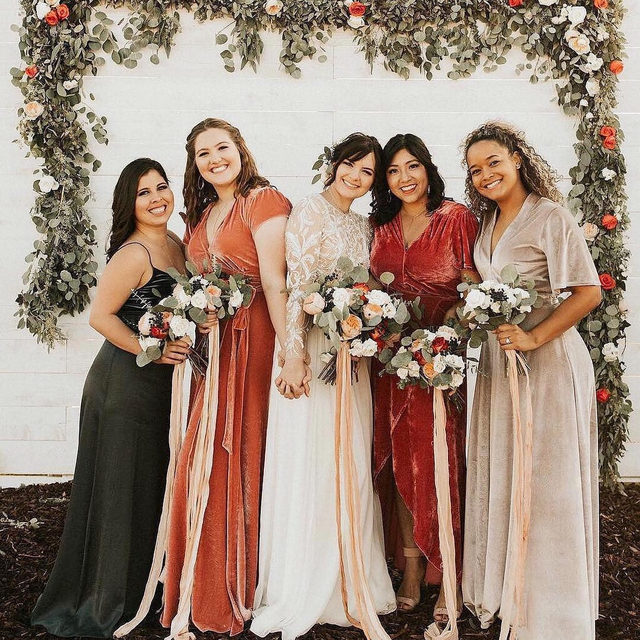When best friends become bridesmaids, they really become family.💖 Head to the #linkinbio for 15 things your crew should do as soon as they officially become bridesmaids! | #regram: @lovelybride 📸: @annasphotographytx