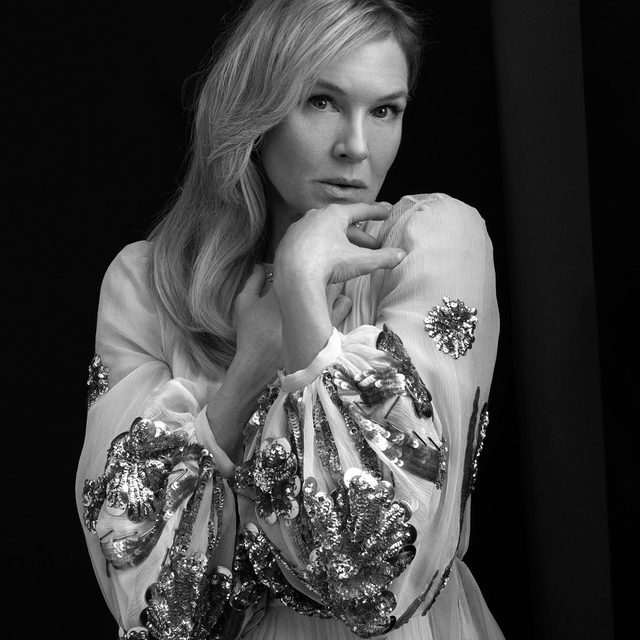 """Judy star Renée Zellweger says she found the spotlight by chance: """"I'm a failed journalist, I guess. I went to school to write, and here we are! Good job!"""" Read more of our conversation with the best actress nominee at the #linkinbio. #VFHollywood -  Photographed by @ethanjamesgreen Styled by @samiranasr"""