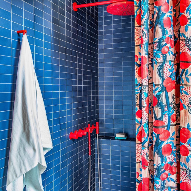 THIS colorful bathroom by @reathdesign in the new issue of @archdigest 🍒😍🍒 link in bio to see more 📸 by @laurejoliet