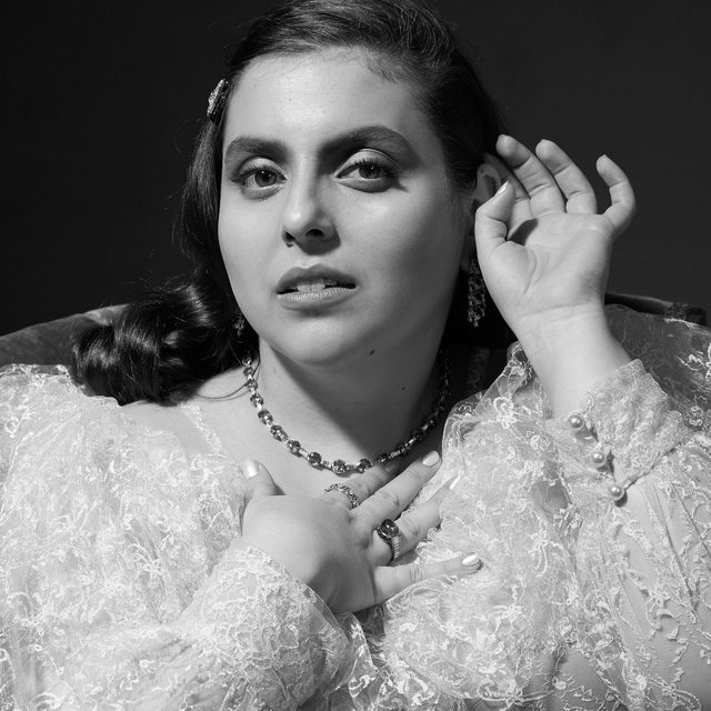 """Booksmart's @BeanieFeldstein hopes to be remembered for more than her abilities as an actor: """"I always say I'd rather be someone that, when I leave, people say, 'Beanie Feldstein was so kind.' I don't care if people think I'm good. I really don't. For me, being a good human being is much more important. I'd rather a PA say, 'I didn't love her interpretation in X, Y, or Z—but she was so nice.'"""" #VFHollywood  Photographed by @ethanjamesgreen Styled by @samiranasr"""