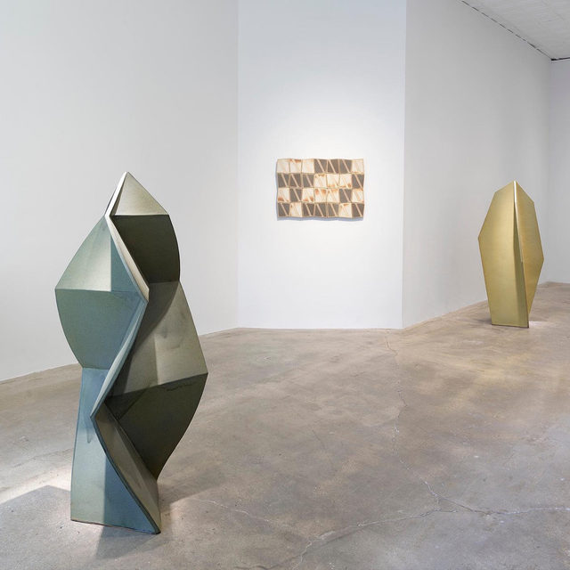 """#JohnMason: """"Geometric Force,"""" an exhibition of ceramic works by the late John Mason, is now on view at Gagosian, Park & 75, New York, through February 15.  The works in this exhibition, which span Mason's early career to the years preceding his death at age ninety-one in 2019, attest to the range and vocabulary of his innovation and experimentation in clay.  Often cited as a contributor to the """"revolution in clay,"""" Mason changed the perception of the medium from craft into fine art, mixing Western and Eastern influences. The material result is something completely sui generis and hard to trace—untethered to a single genre or movement, yet related to many. Learn more via the link in our bio. __________ #Gagosian Installation view, """"John Mason: Geometric Force,"""" Gagosian, Park & 75, New York, January 10–February 15, 2020. Artwork © 2019 Estate of John Mason. All rights reserved"""