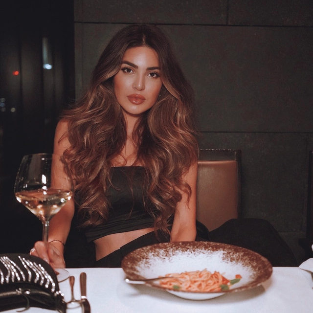 ready for dessert? 💋 @negin_mirsalehi in the Jayne Bustier Top - link in bio to shop! #itsnbd