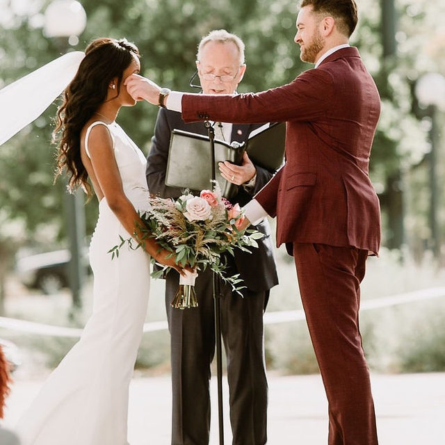 This is love. ❤️ For their September wedding, this couple wanted to show their families all the reasons why they fell in love with Denver, Colorado. So, they celebrated in front of the famous Union Station, tied the knot on a historic bridge and dined at their favorite restaurant. 🍴 Stuck on where to get married? Head to the #linkinbio because this wedding will convince you to do it in Denver! #WeddingOfTheDay | 📸: @bokehco 📋: @firstlookco 💐: @staticefloraldesign