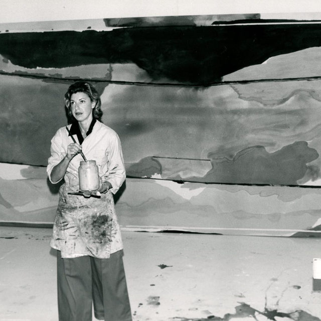 """This week, the Foundation for Contemporary Arts announced the creation of the Helen Frankenthaler Award for Painting, in memory of Helen Frankenthaler, one of FCA's early supporters.  The annual grant of $40,000 is presented to an individual artist demonstrating Frankenthaler's passion for innovation and experimentation in the medium. This award is underwritten by the Helen Frankenthaler Foundation and administered through FCA's Grants to Artists program. The inaugural award will be made to New York-based artist Kerstin Brätsch. Follow the link in our bio to find out more.  __________ #HelenFrankenthaler #FCA #Gagosian @helenfrankenthalerfoundation @foundationforcontemporaryarts Helen Frankenthaler in her East 83rd Street studio, New York, in front of """"Hybrid Vigor,"""" 1973. Artwork © 2020 Helen Frankenthaler Foundation, Inc./Artists Rights Society (ARS), New York. Photograph: Edward Youkilis"""