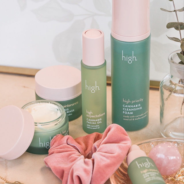 HIGH EXPECTATIONS 🌿 @highskincare just landed on #revolve! this line is certified organic + formulated with Cannabis Sativa Seed Oil to protect your skin with potent antioxidants, calm inflammation, balance with adaptogens + hydrate - link in bio to 🛍️