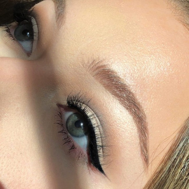 The essentials: lashes & liner. 👍  @that_mua_ashley has it down to a T in Poker Face from the Minimalist Collection. ❤️ ✨ Tap to shop the look, our Minimalist collection is available online & in-store @sephora and in your local @chattershairsalon✨  #VelourLashes #VelourBeauty #LiveInLashes #MiniMoments #Sephora #ShareTheChatter