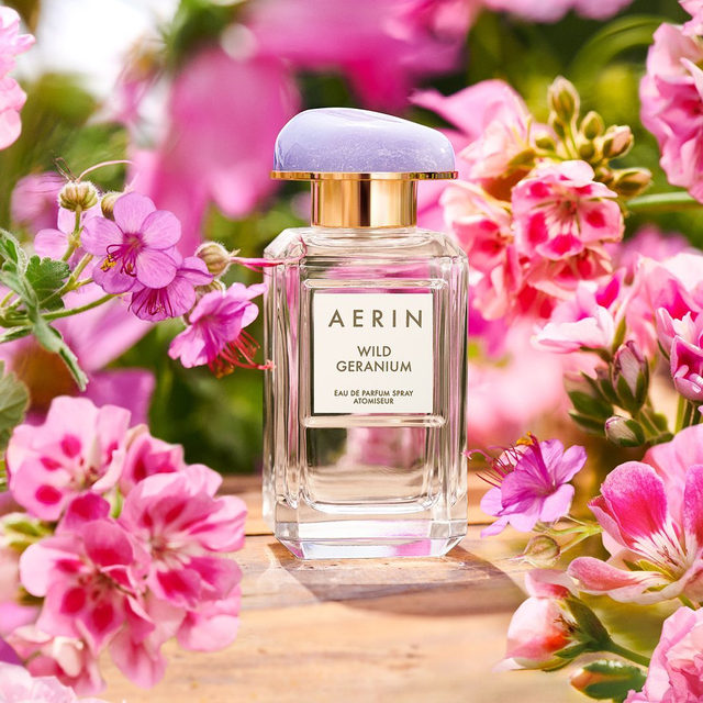 Geranium and Narcisse create a refreshing blend... #WildGeranium is the perfect scent for any floral lover.. Available now on AERIN.com #AERINbeauty