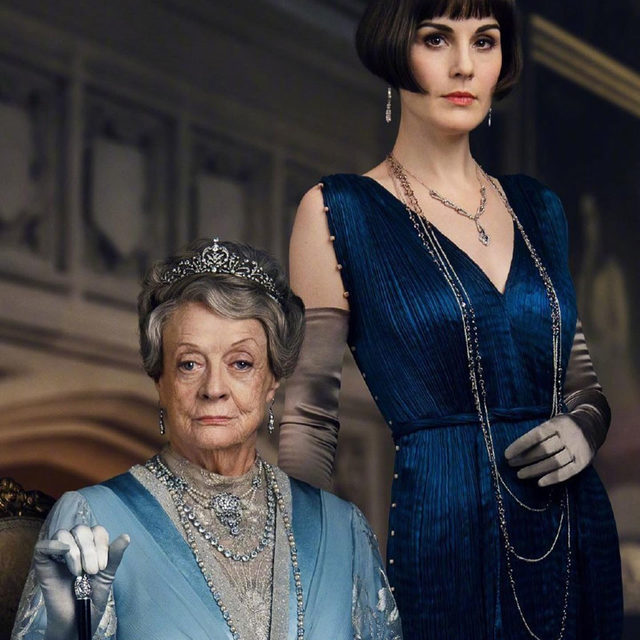 Attention please! The #DowntonAbbey sequel is confirmed: read at the link in bio what we have just discovered about the new chapter of the Crawley Family. Excited?