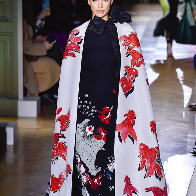 As Paris Haute Couture Week is over, @italopantano collects the most important trends of these Spring-Summer 2020 collections. Discover all you need to know at the link in bio. #pfw