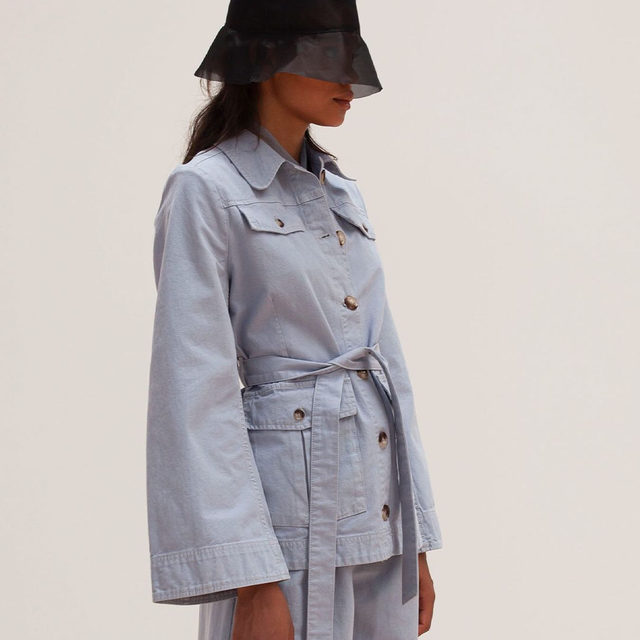 Utility refreshed: the new Bianna safari jacket and matching Nour trousers . #BaumDANCE #SS20 #BaumundPferdgarten