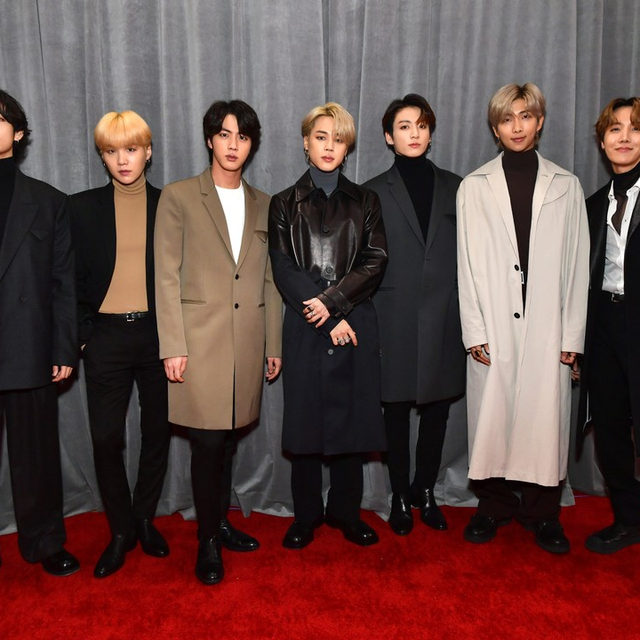 wow I can't believe BTS invented coats!! 😍 #grammys