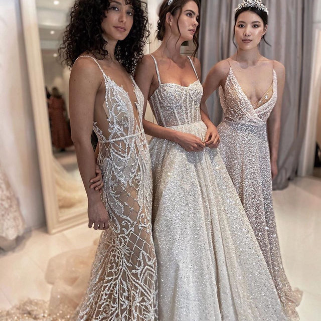 I'm just a girl, looking at these wedding dresses, asking for it to be within my budget. 👰🏻 Luckily, there are 40 dream gowns under $1,000 at the #linkinbio! | #regram: @berta cc: @juliaroberts