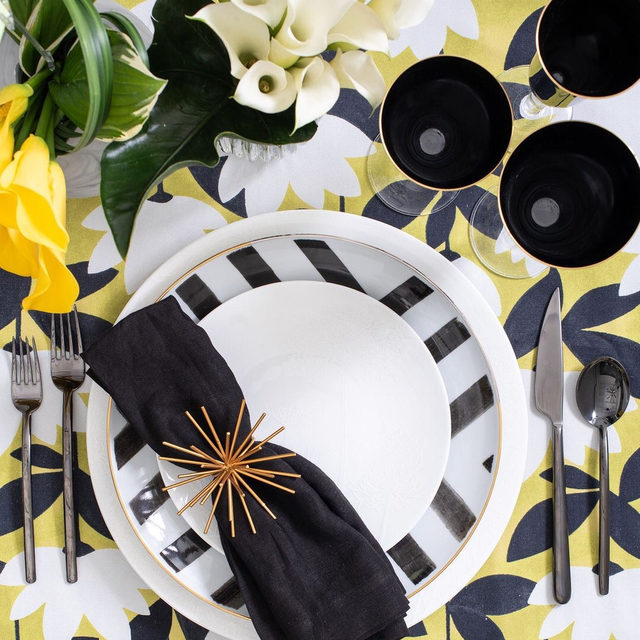 Bold patterns and colors from @maisondecarine and @gritandgraceinc 🖤🐝✨With our #annalinen in Citron #latavolalinen #transformyourtable #dinnerparty #eventdesign #eventdecor #2020wedding #weddingdesign #weddingdecor #blacktiewedding #blackandwhitetheme #engagedtothedetails #engagedandinspired #blackandwhite #eventplanning #tabletopdecor #interiordesign #destinationwedding #interiorstyling #weddingstyle #eventstyling #weddinginspiration #weddinginspo #eventinspiration #patternplay #weddingflowers #tabledecor